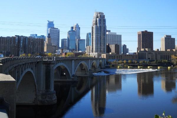 Auto Transport in Minneapolis, Minnesota